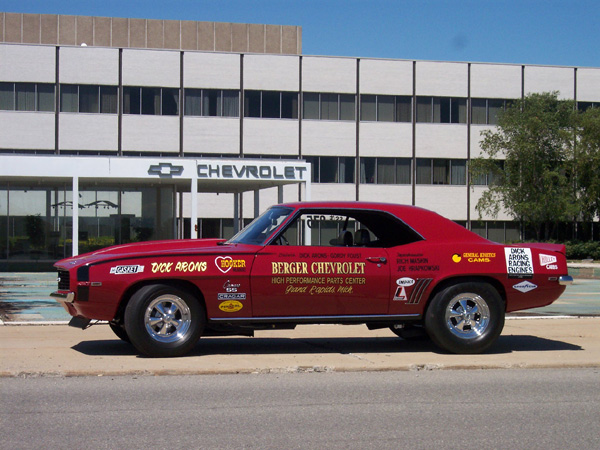 This is an image of the 1969 Camaro SS 427 Berger-Arons NHRA Super Stock Class-E Drag Car For Sale